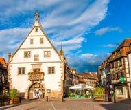 Obernai Alsace, Frankrike, 20 Juni 2012 Obernai stad, Bas-Rhin Al Royaltyfri Foto