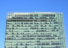 Oberseite des Wolkenkratzers Lizenzfreies Stockfoto