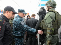 Oberst-allgemein von der Polizei, Abgeordneter Innenminister der Russischen Föderation Arkady Gostev am internationalen Salon Lizenzfreies Stockbild