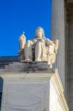 Oberstes Gericht der USA - die Betrachtung von Gerechtigkeit stockbild