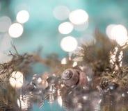 Oberteilnahaufnahmemakrobeschaffenheit abstrakter heller bokeh Hintergrundfunkelnglas-Reflexionsglanz stockfotografie