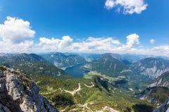 Obertraun,湖Hallstatt -从Dachstein的看法 免版税库存图片