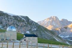 Obervatório astronômico, Corno grandioso, Gran Sasso, L'Aquila, Itália Imagem de Stock Royalty Free