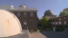 Obervatório de faculdade de Harvard, Massachusetts no Estados Unidos vídeos de arquivo