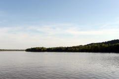 Obet River nära staden av Barnaul Royaltyfria Foton