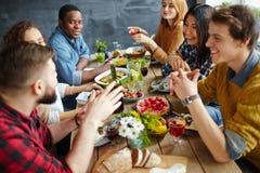 Obiadowa rozmowa obraz royalty free