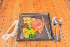 Obiadowy ustawiający stek Obrazy Royalty Free