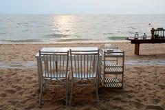 Obiadowy ustawianie na plaży Obraz Royalty Free