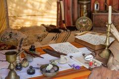 obidos葡萄牙 中世纪摩尔人抄写员帐篷再制定在非常普遍的中世纪市场上 免版税图库摄影