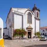 Obidos, Portugal Sao-Pedro-Kirche Stockbild