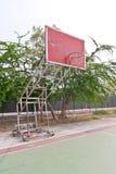 Obiettivo di legno rosso di pallacanestro Fotografia Stock