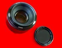 Obiettivo e coperchio di macchina fotografica principali Immagine Stock