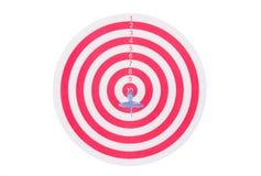Obiettivo rosso con il dardo Fotografie Stock Libere da Diritti