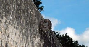 Obiettivo sulla corte Mayan della sfera Fotografia Stock Libera da Diritti
