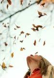 objętych liść kobieta obrazy stock