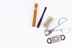 Objecten fotografie van een sigaar, een aansteker, een sigarethouder en royalty-vrije stock fotografie