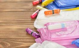 Objecten vrouwelijke hygiëne stock foto