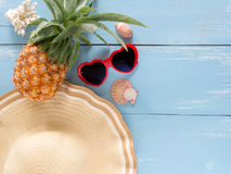 Objekt för sommarferie, bästa sikt för strandtillbehör Fotografering för Bildbyråer