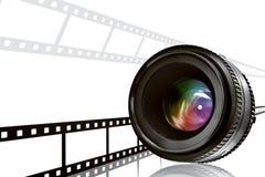 Objektiv- u. Filmstreifen auf Weiß Lizenzfreie Stockfotos