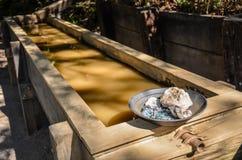 Objet exposé de cuisson d'or - découverte d'or de Marshall - Sacramento, CA Image libre de droits