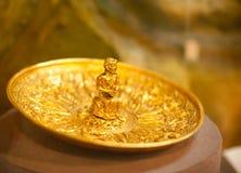 Objet façonné antique d'or Images stock