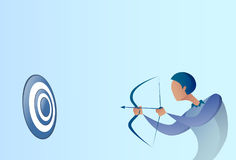 Objetivo Archer Get Goal Concept del arco del control del hombre de negocios Fotos de archivo