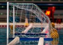 Objetivo ou rede do polo aquático imagem de stock