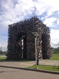 Objeto 'puerta del arte de la ondulación permanente 'en la ondulación permanente, Rusia imagenes de archivo
