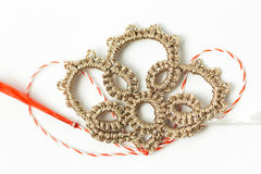 Objeto decorativo hecho a mano de la flor del ganchillo Foto de archivo
