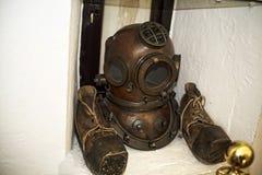 Objeto expuesto en el museo marítimo en la torre de oro en los bancos del río Guadalquivir en Sevilla España Foto de archivo