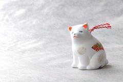Objeto japonés del perro del Año Nuevo en blanco Fotografía de archivo libre de regalías