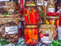 Objeto rumano hecho a mano en el otoño tradicional justo imágenes de archivo libres de regalías