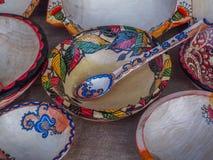 Objeto rumano hecho a mano en el otoño tradicional justo imagenes de archivo