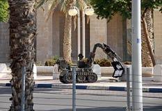 Objeto sospechoso de la limpieza de minas del robot, Israel Imagenes de archivo