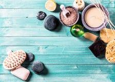 Objetos da aromaterapia como o conceito do fundo Fotografia de Stock