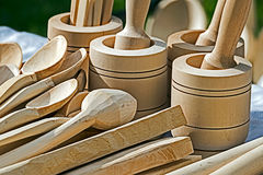 Objetos de madera rumanos tradicionales 1 imagen de archivo libre de regalías