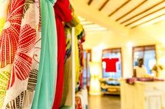 Objetos de um boutique africano imagens de stock