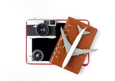Objetos del viaje de la tecnología aislados en blanco Fotos de archivo