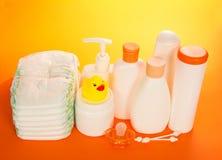 Objetos do cuidado do bebê fotografia de stock royalty free