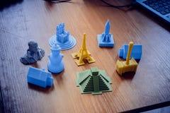 Objetos impressos por uma impressora 3d Foto de Stock Royalty Free