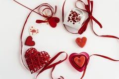 Objets élégants de l'amour pour la célébration de jour de valentines pour un cou Photographie stock libre de droits