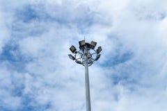 Objets d'isolement sur le fond blanc endroit lumineux beauté de fond de nuage de ciel de poteau léger Photos stock