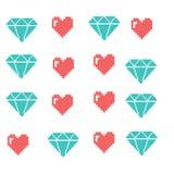 Objets de pixel pour des icônes de jeux réglées Bulles sociales de la parole de mise en réseau : Smiley, amour Images libres de droits