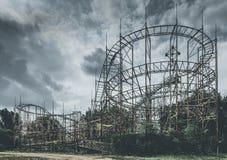 Objets et endroits de montagnes russes perdus à temps Photos libres de droits