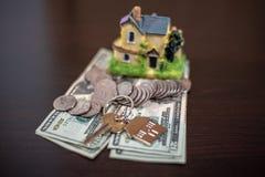 Obliczenie co potrzebuje kupować dom zdjęcia royalty free