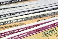 Obligations d'épargne d'épargne sur formules des Etats-Unis - série EE et séries I Photo stock