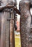 Obninsk, Rusia - 18 de noviembre de 2017: Monumento al príncipe piadoso santo Peter y a princesa Febronia de Murom foto de archivo