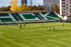 OBNINSK, RUSSIE - OCT. 2017 : Le stade de football photographie stock