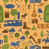 Obozować outdoors wycieczkować bezszwowy wzór Zdjęcie Stock
