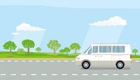 Obozowicza samochód dostawczy na autostradzie Obraz Royalty Free